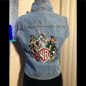 LOONEY TUNES embroidered graphics vest